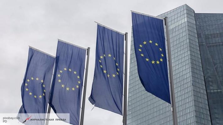 ЕС пригрозил Украине лишением статуса транзитера газа за манипуляции с «Укртрансгаз»
