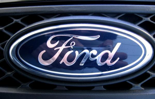 Ford запатентовала подушки безопасности под креслами