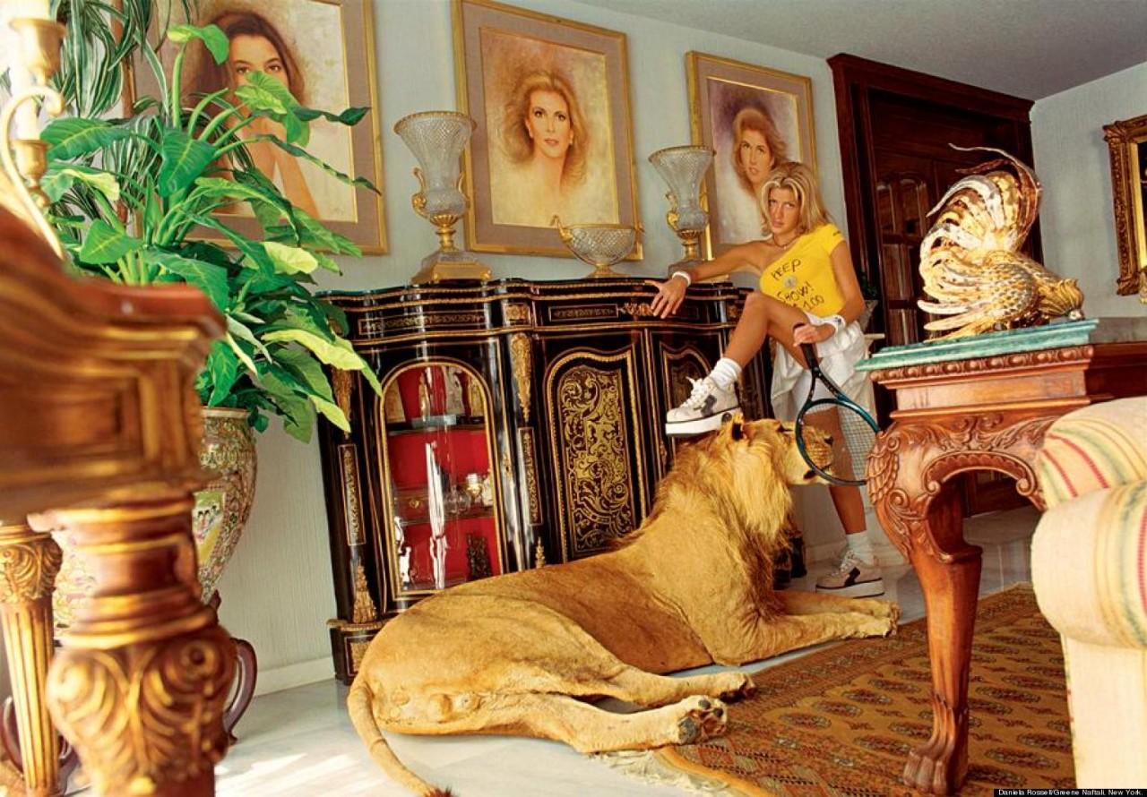 Фото богатых людей с девушками