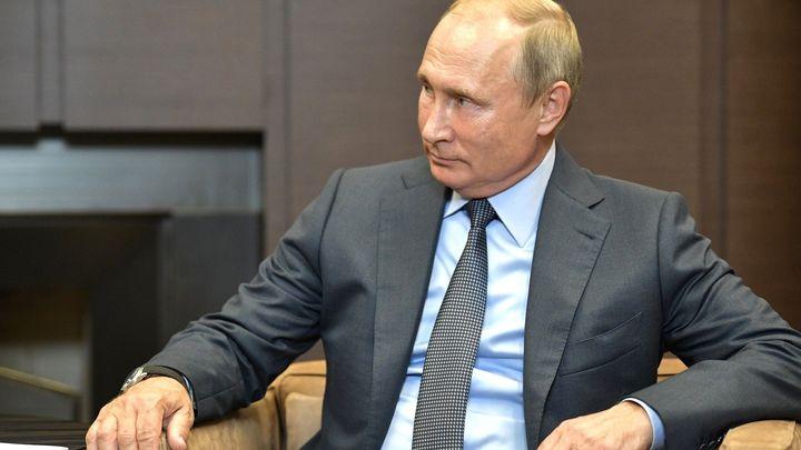 """Присмотритесь к своему """"бревну"""": Путин чётко осадил французов"""