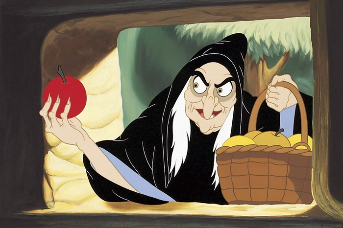 История с отравленным яблоком происходила на самом деле.