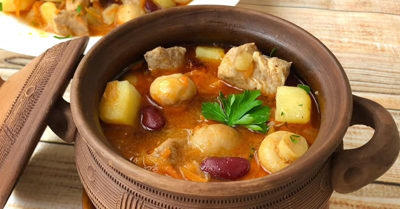 рецепты блюд запеченных в горшочках