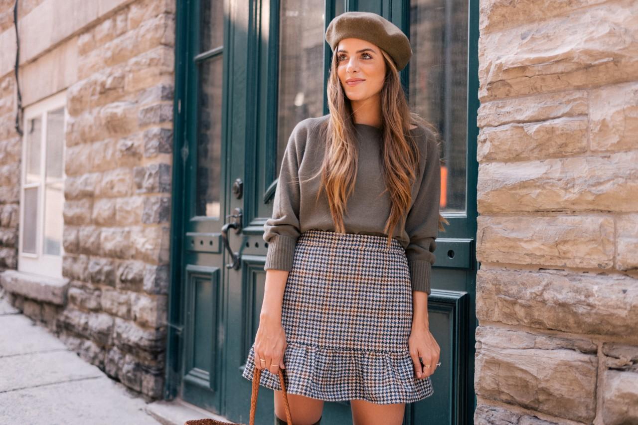 С чем носить клетчатую юбку: 20 интересных образов