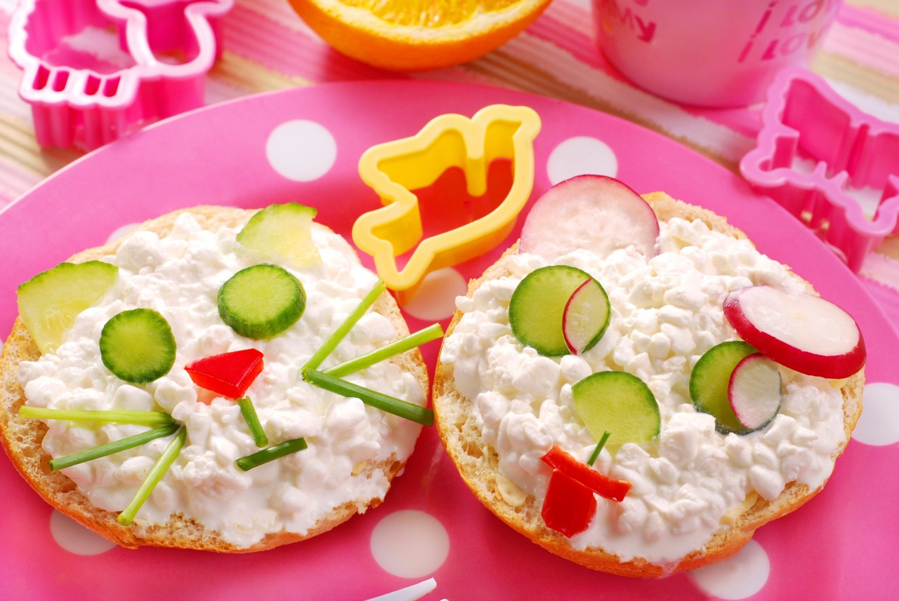 Завтрак для детей: чего лучше избегать перед отправкой ребенка в школу