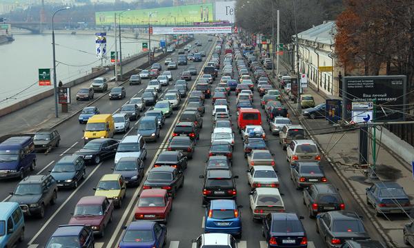 Откуда берутся пробки на дорогах