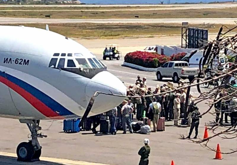 Ил-62 и Ан-124 в Венесуэле: правильно ли делает Россия, помогая Каракасу?