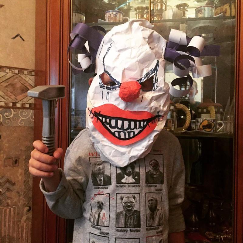 Дети-клоуны Пеннивайз, жуткие клоуны, клоун, клоуны, клоуны остались, страшные клоуны, цирк уехал