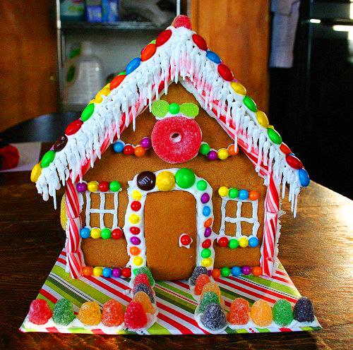 Как сделать сладкий домик