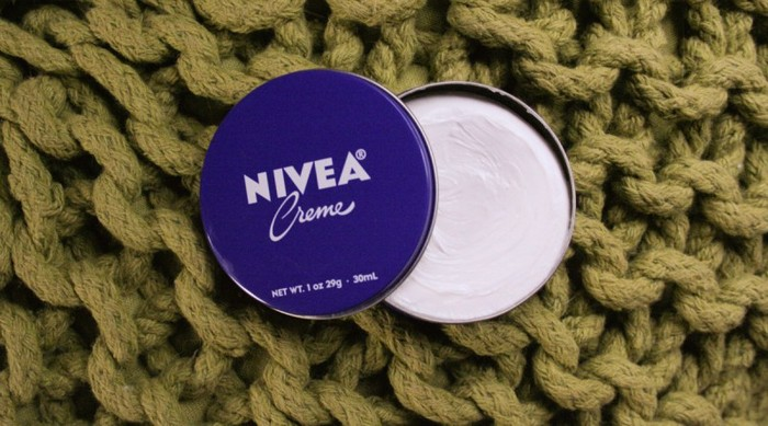 7 непривычных, но эффективных способов использовать крем Nivea