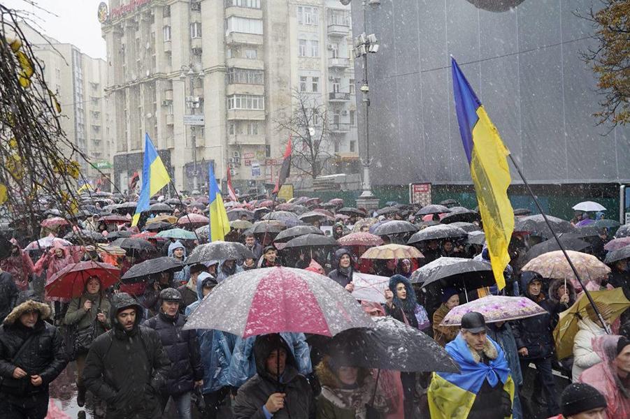 Украинская политическая депрессия. Скинуть Порошенко не получается