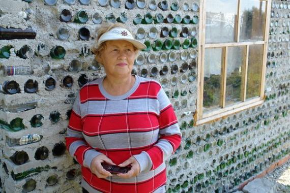 Блог им. Tatulie: дачница дом из бутылок: Компактные дома, доступное жилье, микропространства, префаб дома.