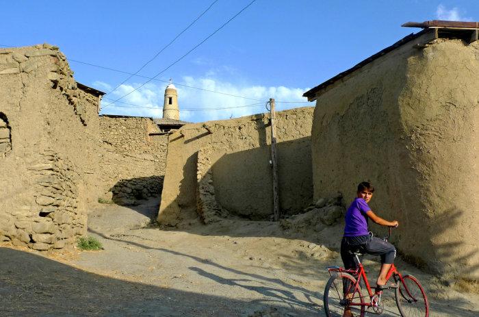 В этом селе необычно все - даже архитектура. /Фото:fergananews.com