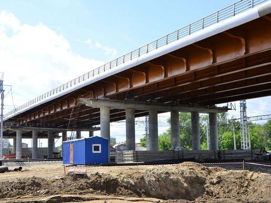 Мэрия Омска работает над дорогами, пробками и «зеленым проектом»