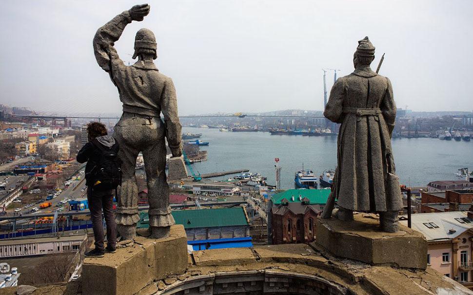 Хочу на Остров, а потом на первак: как сойти за своего во Владивостоке