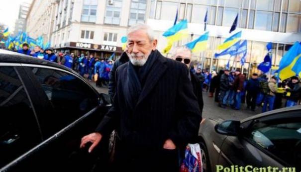 «Отец Крым защищал, а сын бандеровцем стал»: Вахтанг Кикабидзе поразил своей фотографией
