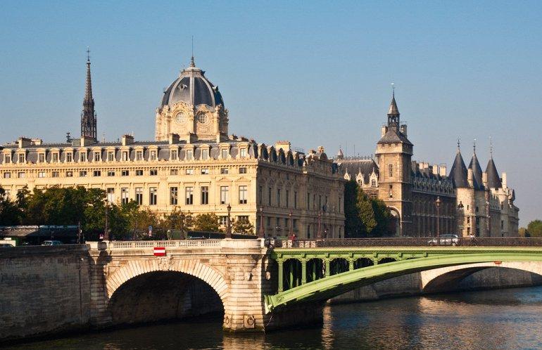 дворец правосудия, Париж
