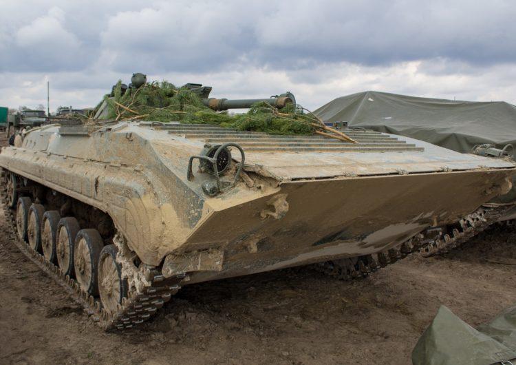 Украинская армия получает приобретенные через Польшу боевые машины пехоты БМП-1АК