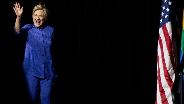 Более 60% американцев считают, что Клинтон пора на пенсию, показал опрос