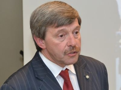 Амнуэль призывает к карательной психиатрии против неугодных ему и кается перед Польшей