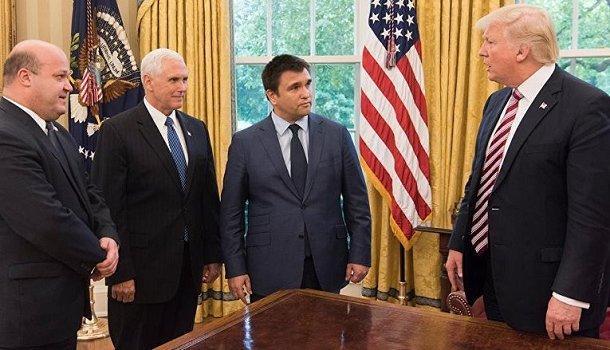 Политолог: Подход США к Украине лежит через Россию