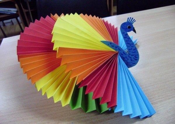 Как сделать поделки своими руками из бумаги для детей