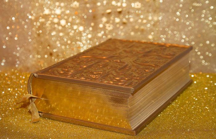 Книги, сделавшие своих авторов миллионерами