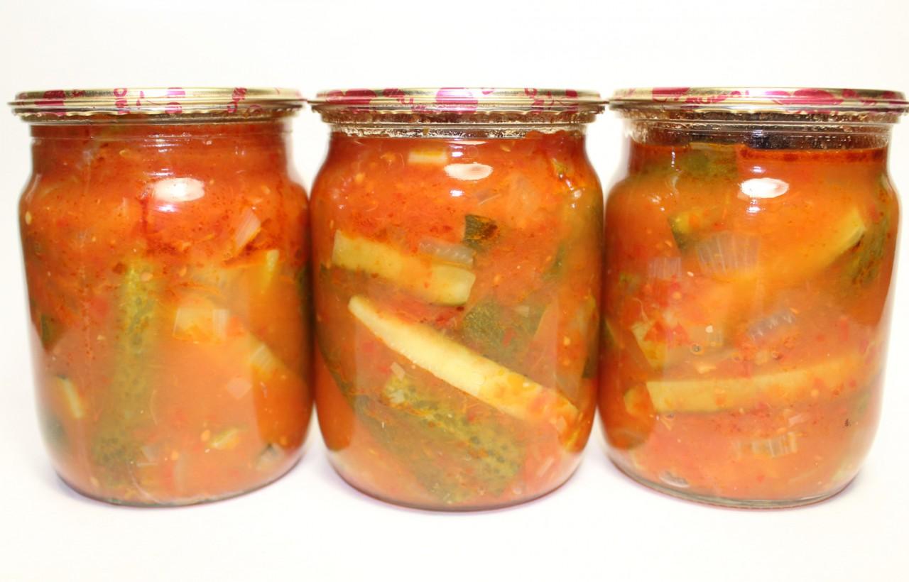 Вкуснейшие огурчики в томатном маринаде