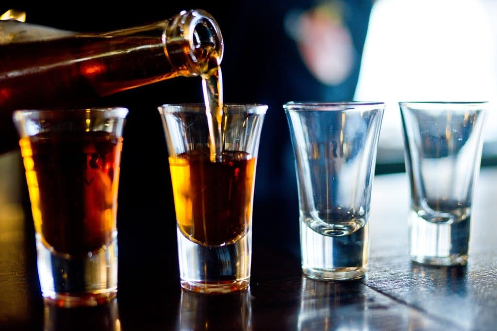 Некачественный алкоголь – причина аллергической реакции в организме