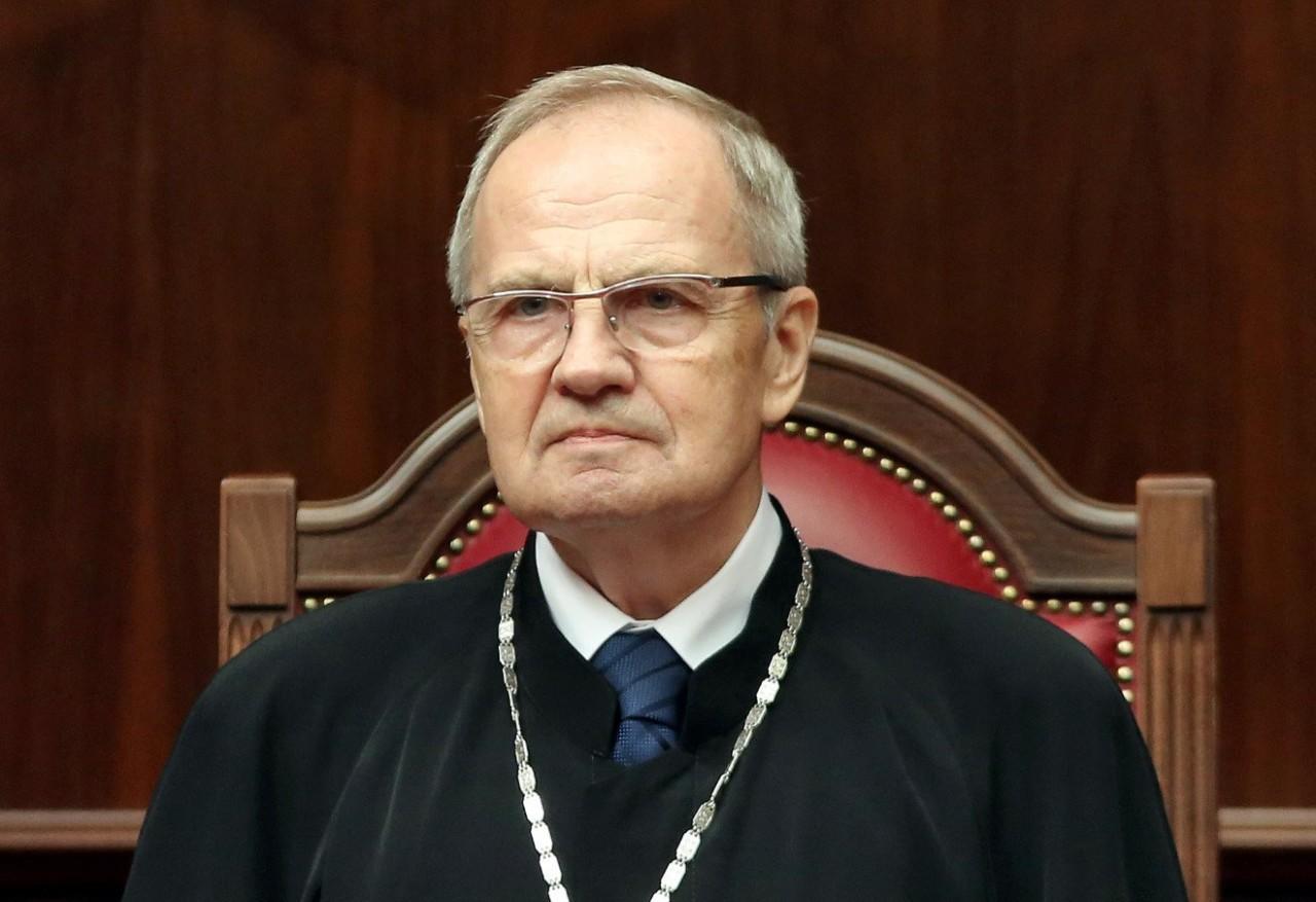 Здравый смысл восторжествовал: Председатель Конституционного суда Валерий Зорькин предложил ввести в России безусловный базовый доход