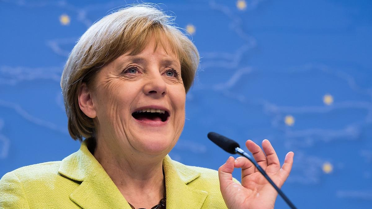 Меркель назвала Крым главной причиной военного обострения на территории Европы