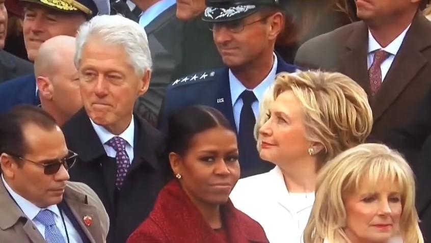 Хиллари подловила Билла, глазеющего на Иванку Трамп (видео)