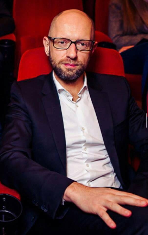 Яценюк отрастил бороду — готовится возглавить Нацбанк Украины