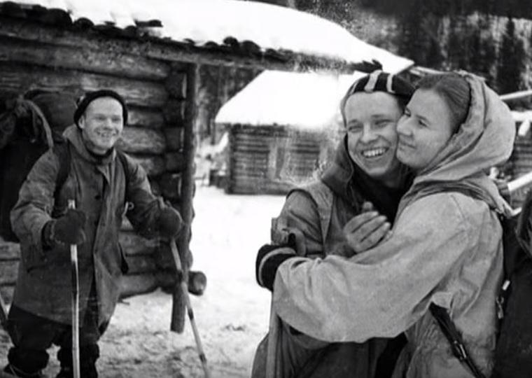 Почему погибла группа Дятлова, знали Брежнев и Хрущев