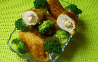 Рулеты куриные с грибами и сыром