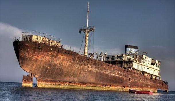 Корабль-призрак, пропавший в Бермудском треугольнике, вернулся спустя 90 лет