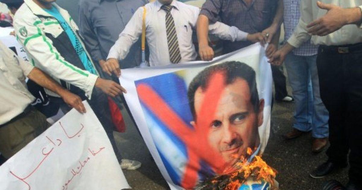 В Сирии раскрыт заговор военных с целью убийства Асада. Похоже на фейк.