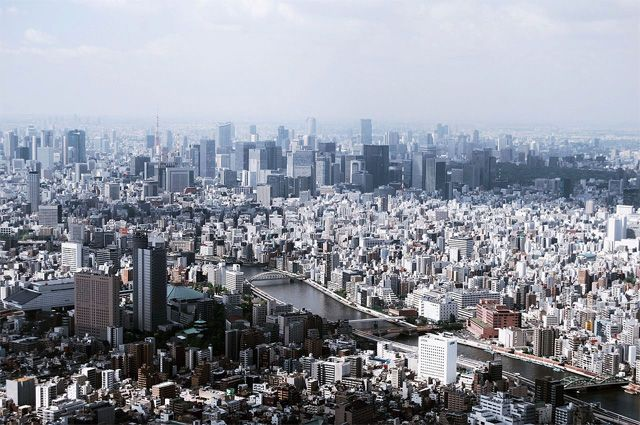 Индекс биржи Токио упал почти на пять процентов вслед за Dow Jones