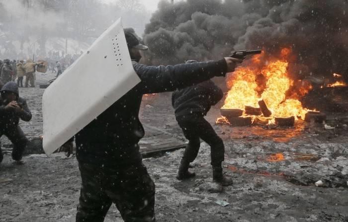 Порошенко приравнял пострадавших на майдане к участникам боевых действий