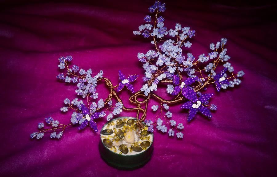 Фиолетовое деревце из бисера «Нежная фантазия», которое может сделать каждый
