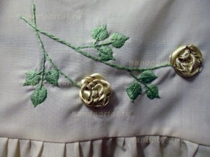 Вышивка лентами на детской одежде