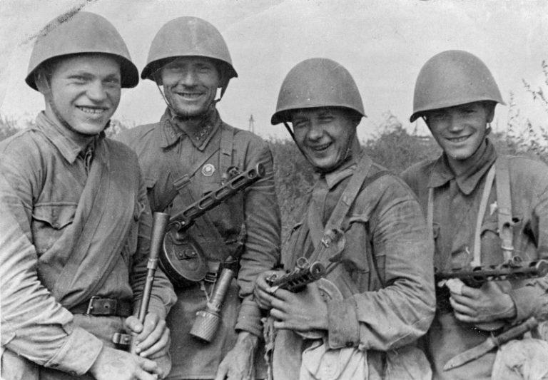 5 бойцов Красной Армии, которые стали «ангелами ада» для немцев