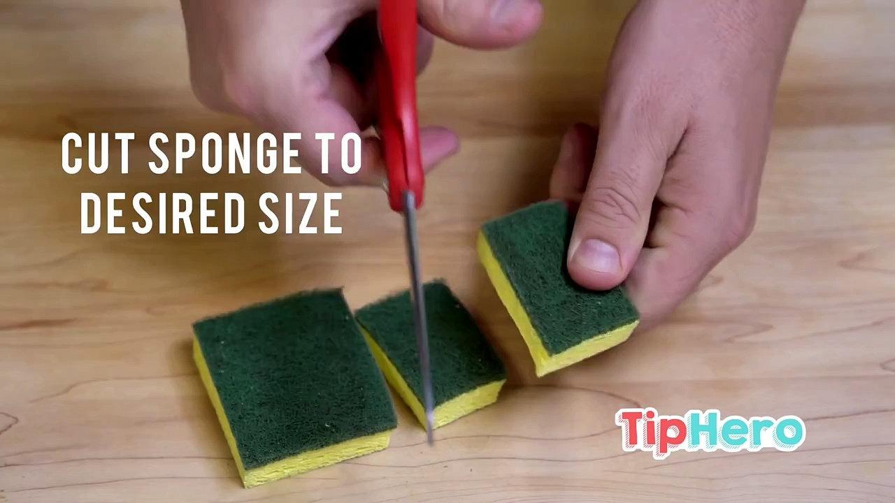 Этот трюк поможет  справиться с проблемой мытья вазы  и аквариума