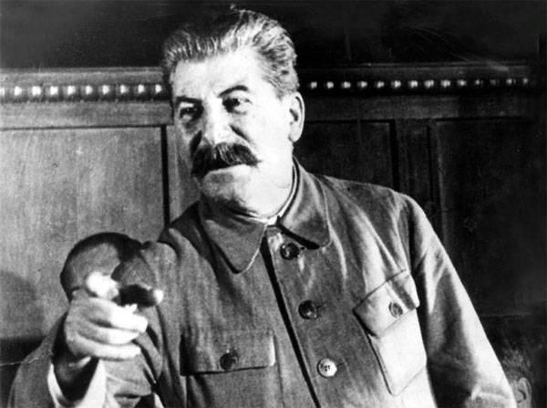 Израильский эксперт высказал своё мнение о сталинских репрессиях