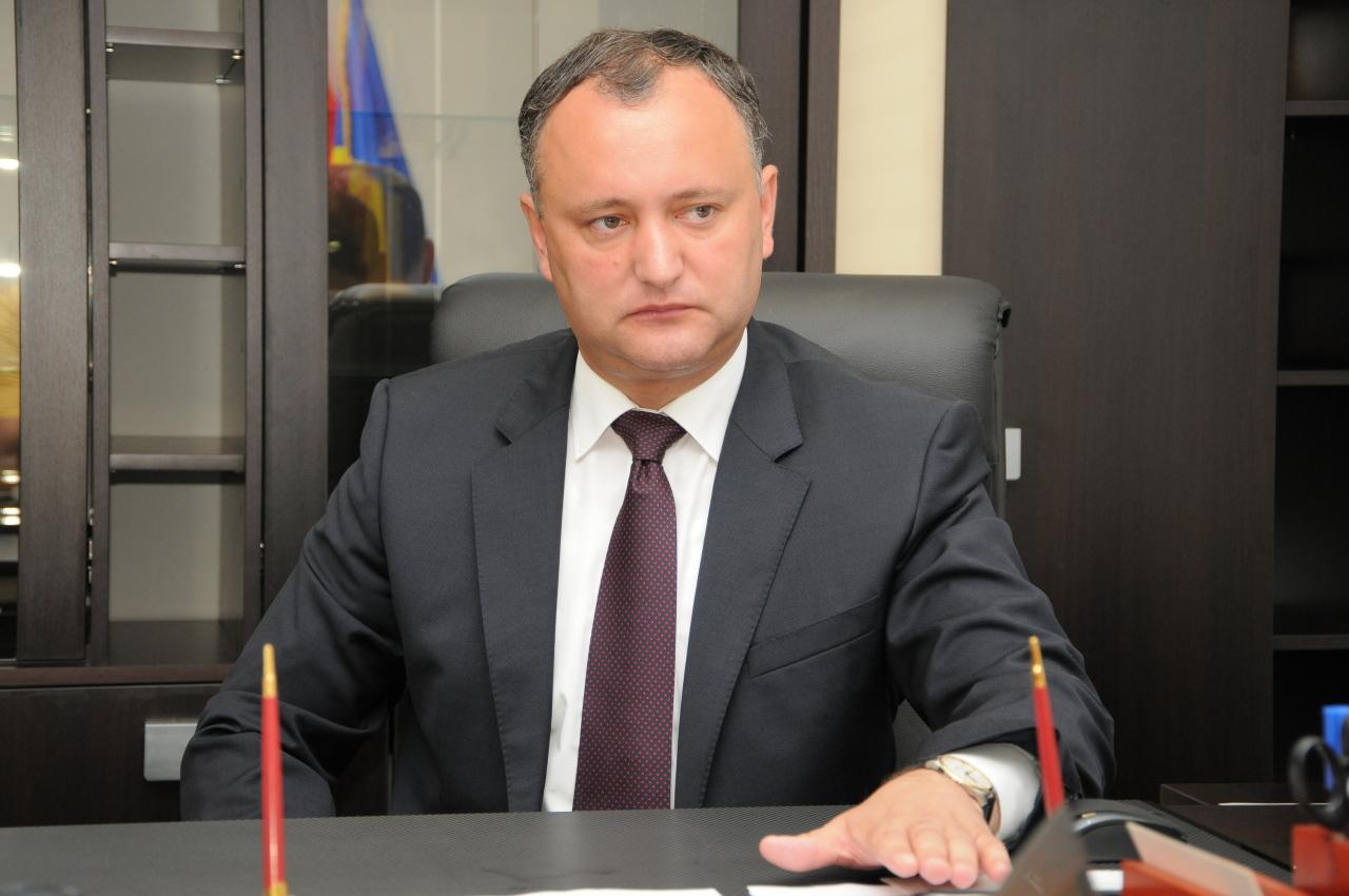 Президент Молдавии Додон потребовал от НАТО покинуть страну