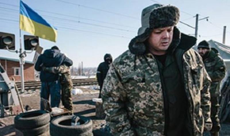 Невыгодную простым украинцам блокаду Донбасса проводят отморозки и проходимцы, финансируемые Тимошенко и Коломойским - Азаров