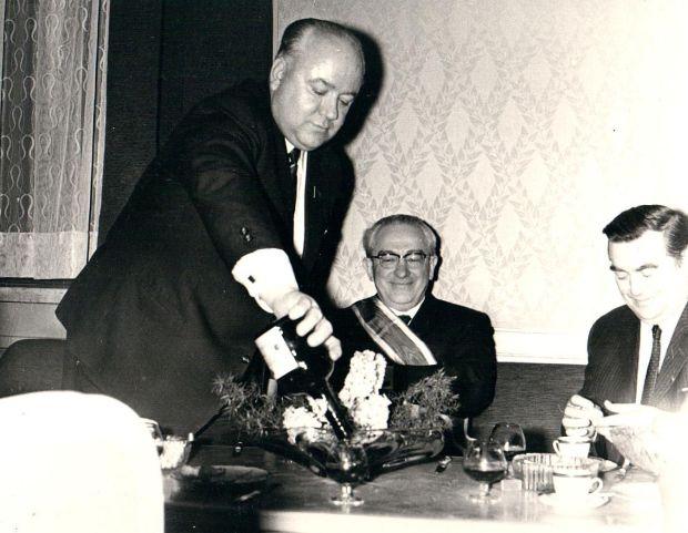 """Специальная """"алкогольная"""" подготовка: как учили пить в КГБ"""