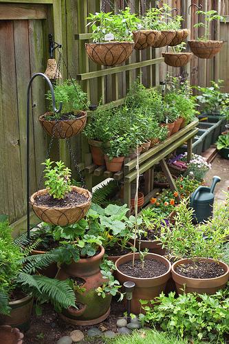 Интерьер для огорода своими руками 26