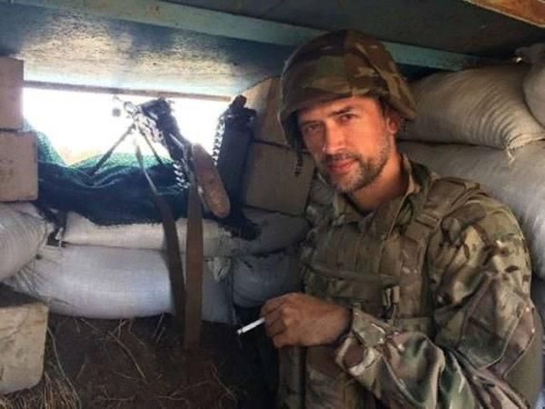"""А.Пашинин с оружием в руках засветился на позициях нацбата в зоне """"АТО"""""""