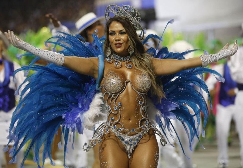 За что так любят карнавал в Бразилии