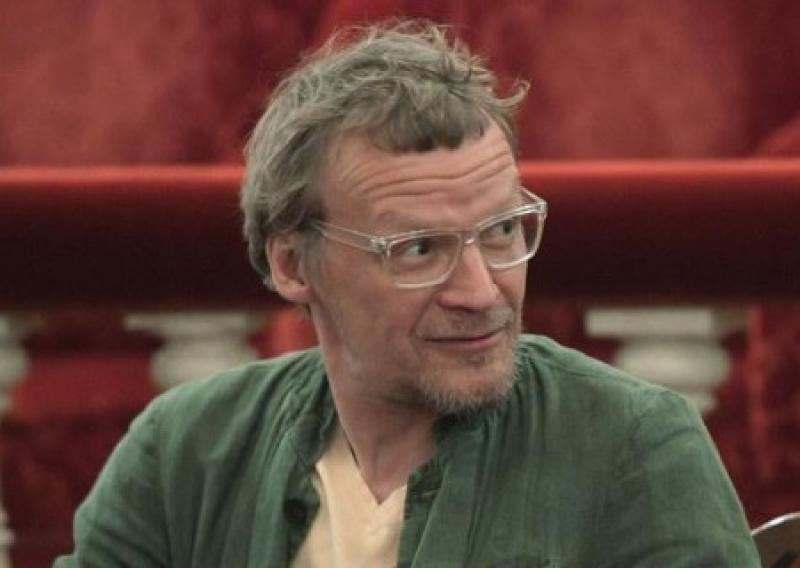 Пошел на попятную: актер Серебряков назвал себя русским человеком